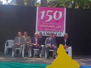 Acto y festejos por los 150 a�os de Ramallo. Las autoridades durante la celebraci�n.